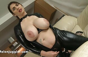 Voluminöse Brüste