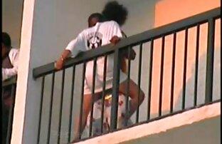VIP4K. Attraktive schwarze junge bekommt Zugang zu kostenlos reife damen schönen weißen Körper